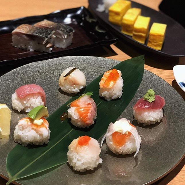 Cute little Ball-shaped Sushi at Chojiro really makes me drool and I love the Seared Kyoto-style Pressed Mackerel sushi too.