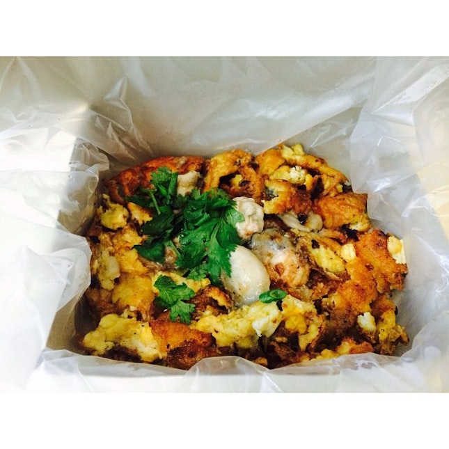 Oyster Omelette from Heng Carrot Cake is that great too!
