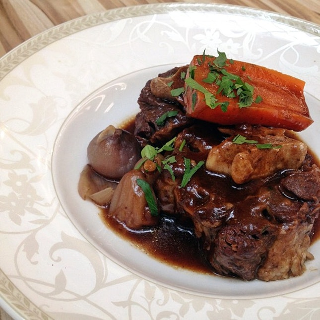 Oxtail Bourguignon - my favorite of the night #poulet