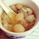 Traditional Chinese dessert - white fungus and longans, served icy cold.
