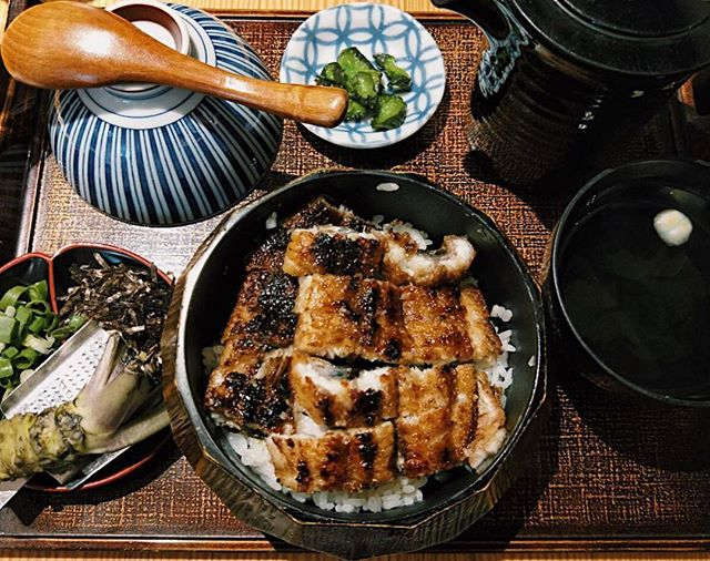 Hitsumabushi ($26.80) 🍱 ⭐️ 4.5/5 ⭐️ 🍴Finally got down to joining the ever-crazy queue for this unagi and it was #worththewait !