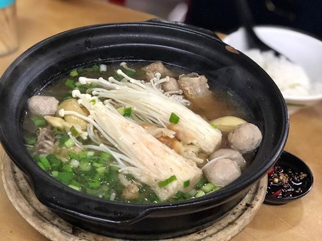Signature Bak Kut Teh (11RM/pax; S$3.60) ⭐️ 4/5 ⭐️ 🍴Good & pretty affordable #bakkutteh found a bit far off from the malls (~ 10min drive from City Square).