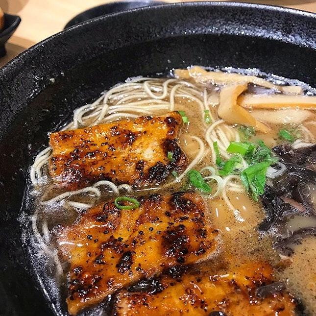 Pleasing bowl of ramen & we enjoyed the flamed char siew, lending a slightly burnt flavour to the Kuroo (black garlic) Tonkotsu soup base.