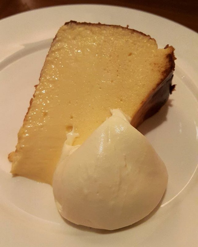 The perfect finish - #6thavenuecheesecake.