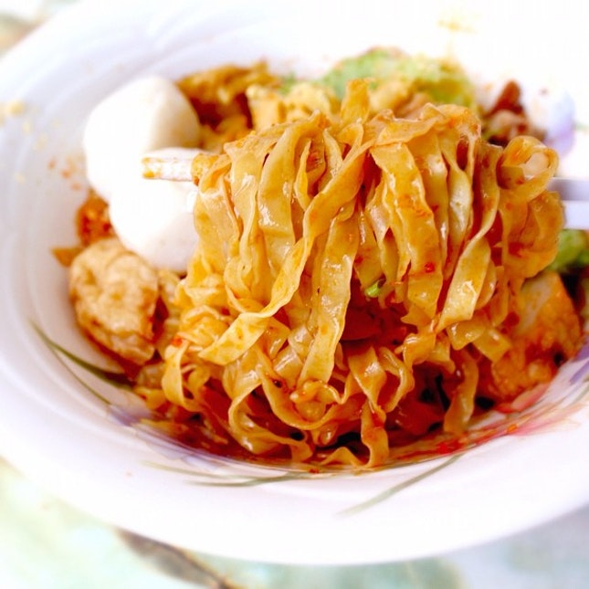Ever tried Fish Chor Mee? Check out my review at InSing.com @insingbuddy