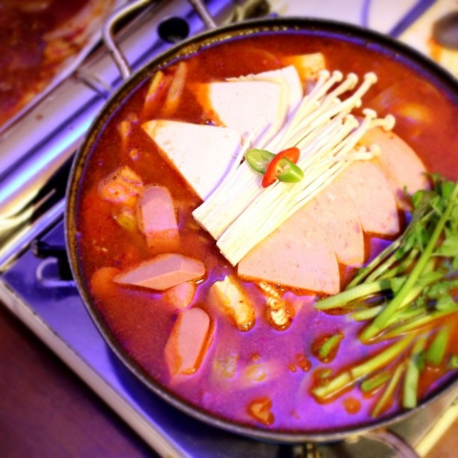 Watching all these Running Man is making me crave for Korean food!