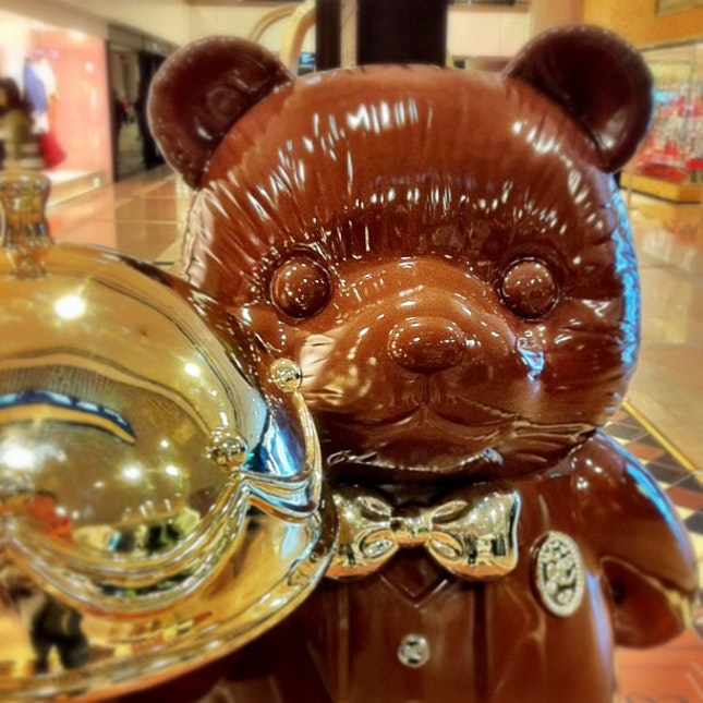 If u are at Hong Kong, head down to @hkharbourcity for their CHOCOLATE trail.