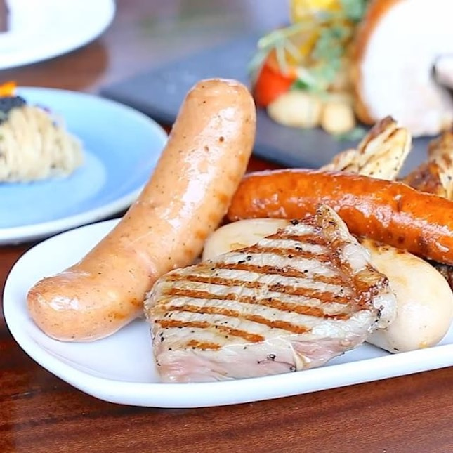 These are some of the Top Buffet Restaurants in Singapore, with 1-For-1 Deals and up to 50% OFF Buffet prices!