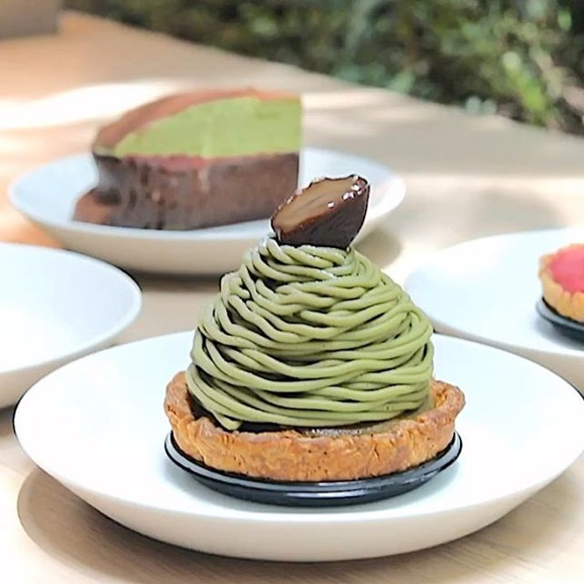 The most LEGIT Matcha and Sakura desserts you can find at Jewel Changi Airport.