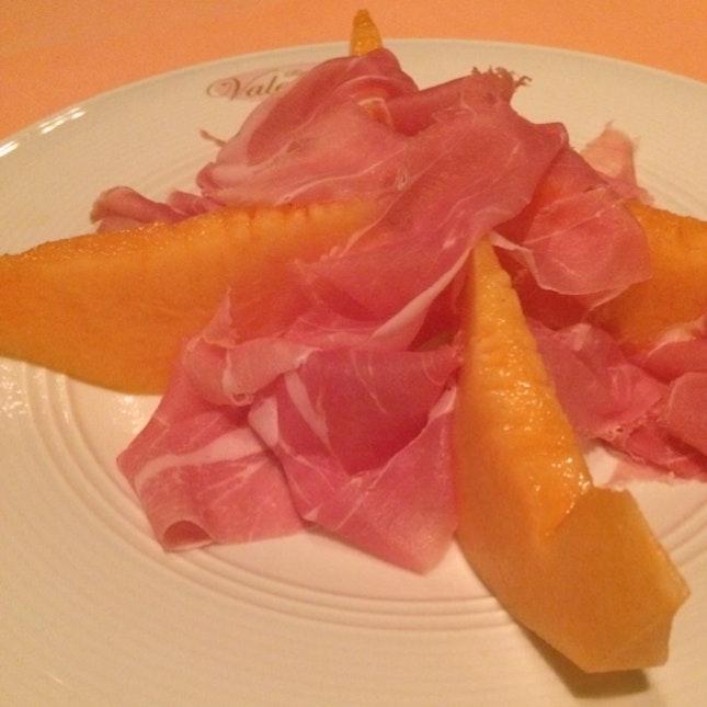 Rock Melon w Prosciutto Ham