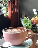 Time for another shot of hot chocolate in this cloudy weather  Hot 'Sulawesi' Chocolate - S$5 📍: @sun_ray_cafe Singapore