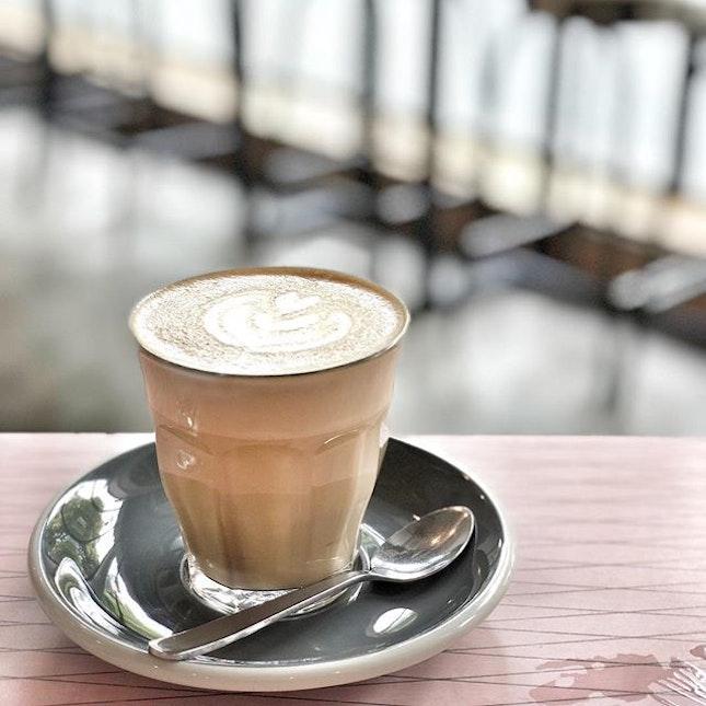 <🇩🇪> Guten Morgen Liebe Freunde <🇬🇧> Good morning dear friends • ☕️: Cafe Latte - S$5.0++ 📍: @wakeysg Singapore