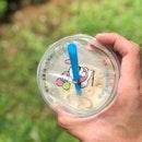<🇩🇪> ein lässiges Wochenende gehabt👌🏻 <🇬🇧> had a chill weekend 👌🏻 • 🥤: Green Milk Tea - S$3.5 📍: @eat3bowls Singapore