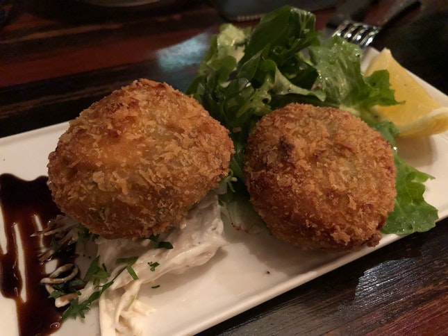 Crab Cakes With Apple Slaw