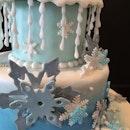 #sugarcraft #sugarart #fondantart #bespoke #artisan #birthdaycake #cakes #celebration #snow #winter #letitgo #letitsnow #frozen #snowflakes #princess #chef #pastry #dessert #sweets #pastrychef #cakeoftheday #cotd
