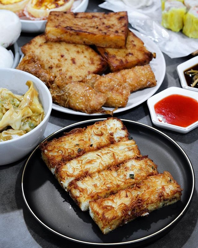 An iconic dinner and supper spot along Jalan Besar and with a heritage of over 58 years of history, Swee Choon has started opening the restaurant's doors for dining in patrons but you still can order for takeaway or delivery.