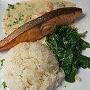 Salmon With Baby Spinach