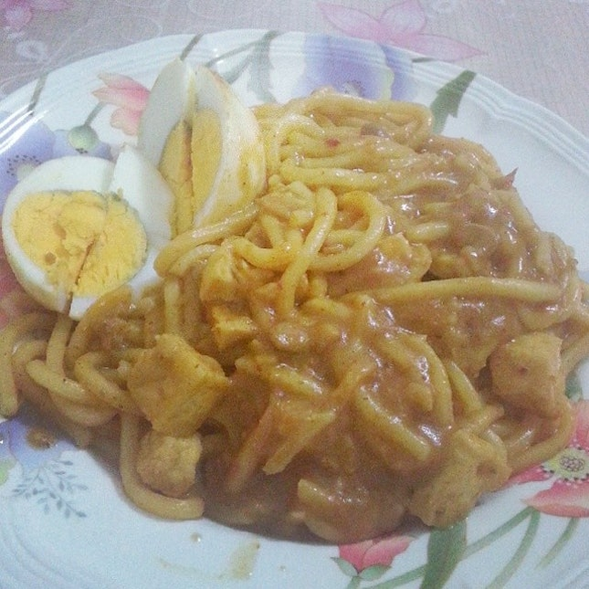 (〃^∇^)o彡♡ Today's supper: Mee Rebus from dear's mummy!!!
