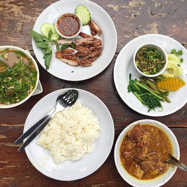 To Try Chiang Mai Eats