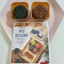 2 Flavours Mooncake ($5.90 Each)