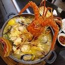 Lobster Claypot Hokkien Mee