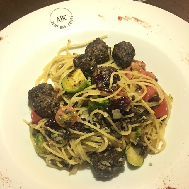 Cranberry Meatball Pasta