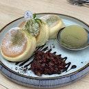 Matcha Red Bean Soufflé Pancake