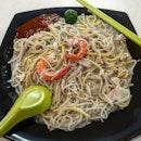 fried prawn noodles 👍🏻 1.11.19 #foodporn #sgfoodporn #foodsg #sgfoodies #instafood #foodstagram #vscofood #burpple #hungrygowhere #hawkerfood #hawkercentre