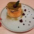 Matcha Azuki Souffle Pancake