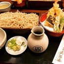 #mustcheck #oneoffheoldest #japanesereataurant w/ #550years #history #purveyor to the #imperialhouseholdagency #bestsoba #intown 🍜 #instafood #foodporn #foodlover #burpple #instalongweekend #instatravel #honkeowariya #御用蕎麥司本家尾張屋 #kyoto #japan #felztravelfootprint2017 #osakakyotoday3 #jp #felzfooddiary