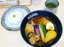 #yummilicious 🐻 #babybear #oinkoink #hokkaido #soupcurry #level3 🔥 #yesicaneat #latelunch w/ #hardworkingfolks #instafood #foodporn #foodlover #burpple #instalunch #instaweekend #samacurryandcafe #samacurrysg #felzfooddiary