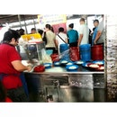 the queue for her chee cheong fun is endless..