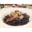 [taanjong pagar] squid ink pasta  a plate of squid ink which tasted so good.