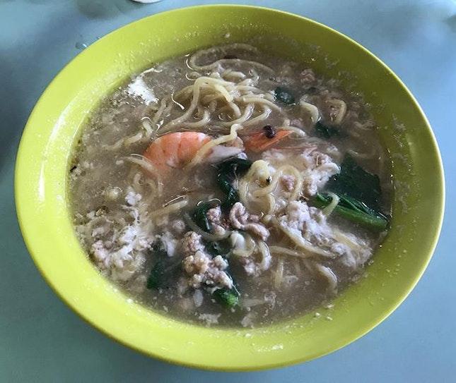 Sometimes simple is more 😊 Seletar Sheng Mian for late breakfast!