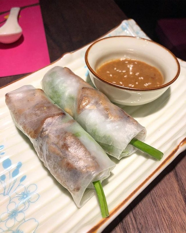 Food okay (fried Seabass 👍🏻).