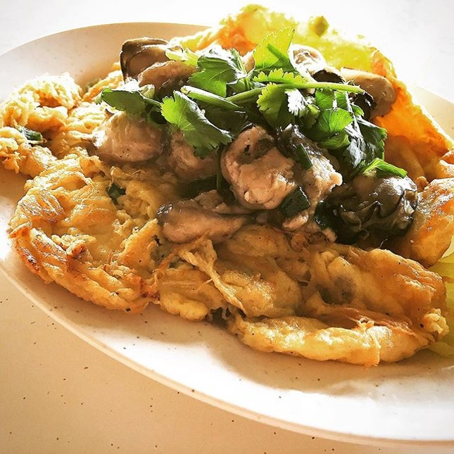 West Side of Singapore Has Good Food Too [Part II] ~ Oyster Omelette @ Kai Xiang Seafood Restaurant Blk 349 Jurong East Avenue 1.