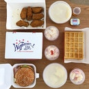 Mid Wings, Mashed Potato, Waffle, Turkey Ham & Egg Burger And Fruits Salad @ Waffletown, 271 Bukit Timah Road, Balmoral Plaza #01-08.