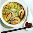 Traditional Pork Ribs Prawn Noodle.