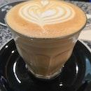 Latte(Hot)($5.50)☕