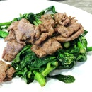 Stir fried kailan with beef