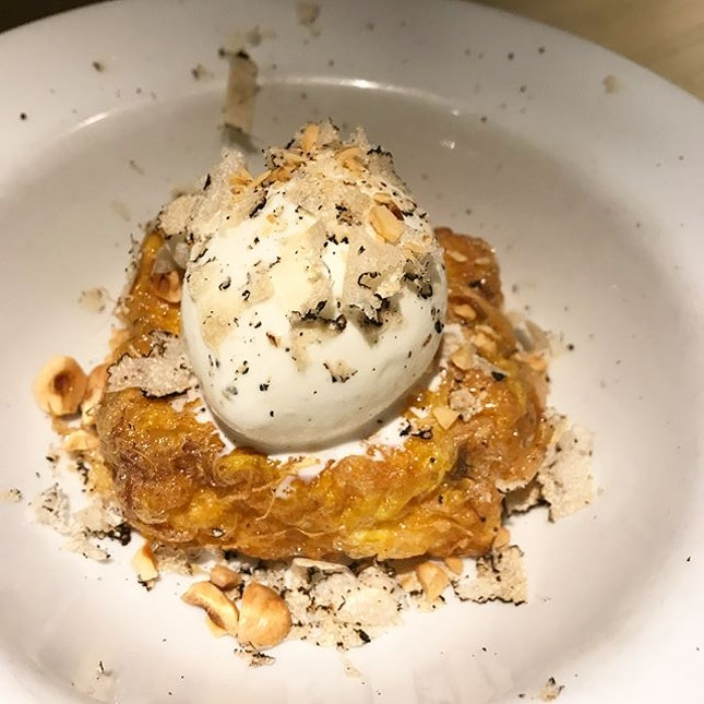 French toast / summer truffle / vanilla ice cream — couldn't really smell or taste the truffle shavings, and the toast could be more crispy :: :: canelé :: #dessert at Neighbourhood — no.