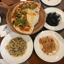Fettuccine Con Salsicca E Tartufo ($30), Capellini Con Gamberi ($32), Risotto Al Nero Di Sippia ($30), Al Borgo Pizza ($32)