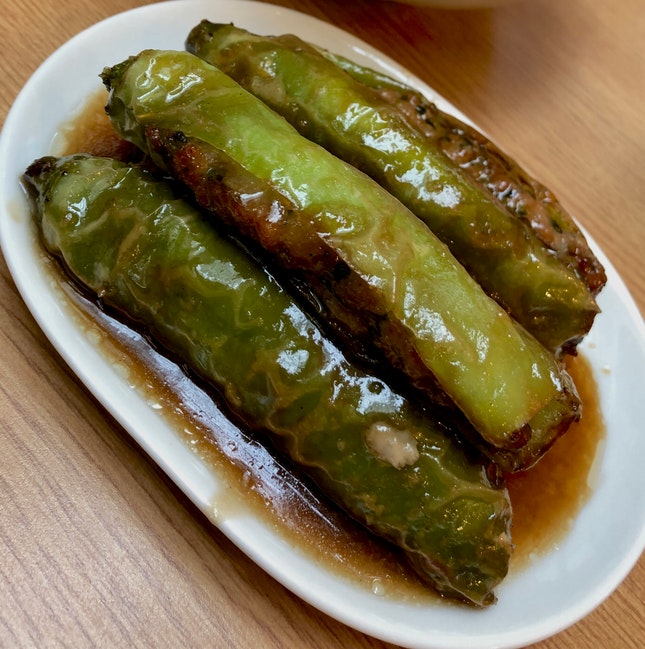 Green Chillies Stuffed with Marinated Meat