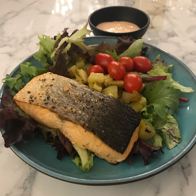 Baked Salmon ($13.90)