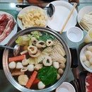 Steamboat dinner - perfect during the rainy weather!