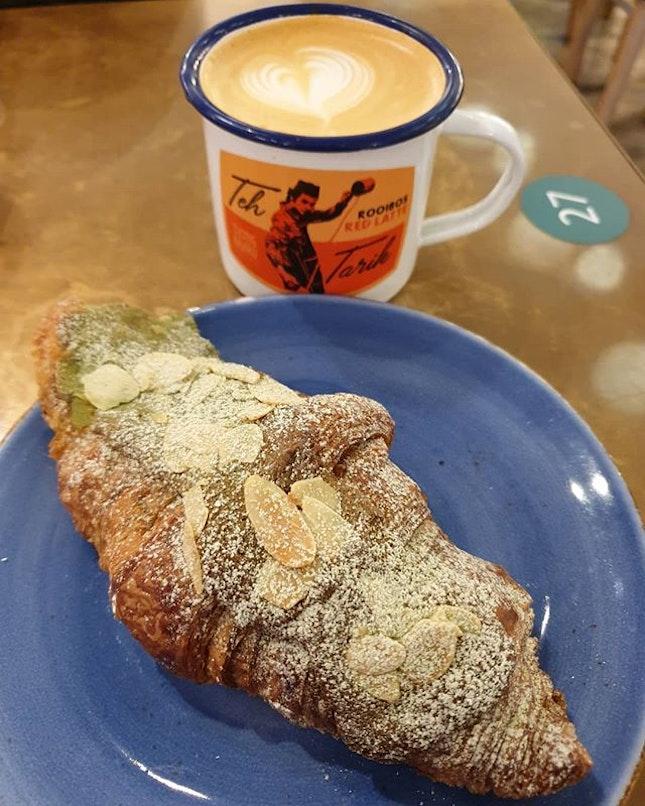 Green tea almond croissant ($5.20++) & TBB teh tarik ($6.60++)!