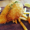 Fish & chips #fish&chips #fishandchips #craftbistro #craftbistrosg #burpplesg #burpple #wheretoeat #wheretoeatforlunch