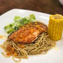 Giant slab of atlantic salmon with a generous portion of aglio olio 😻 Definitely value for your $$ 😹  #burpple #salmon #western #aglioolio #fusion #fusionfood #fusioncuisine #spaghetti #whati8today #whati8todaysg #sghawker #sghawkerfood #valueformoney #hawkereats #myfooddiary #sgfoodhunt #sgfoodhunter #sgmakandiary #sgfoodies #sgfoodtrend #sgfooddiary