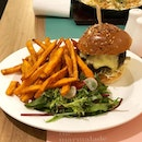 [Truffle Beef Burger-$25]  Initially wanted to order the minute beef sandwich but it was sold out, sadly 🙁 Hence i opted for the truffle beef burger which was supposed to come with parmesan fries but the staff kindly acceded to my request for a switch to sweet potato fries instead 👍🏻🙂 Truffle aroma was strong when the dish was served and so was the truffle taste.