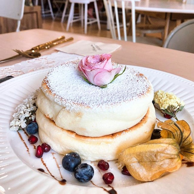 [Original Pancake with Strawberry Ice cream-$19.90]  Thick and eggy soufflé pancakes that were also super instagram-worthy, with the dish being plated with flowers and all.